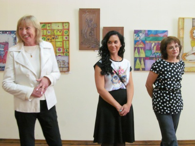 У Чернівцях відкрили третю персональну виставку Дарії Сєдової (ФОТО)