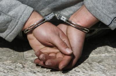 Двоє буковинців пограбували вдома 80-річного дідуся