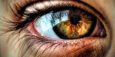 Очні краплі замінять наноплівки