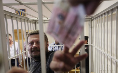 У Мережі з'явилося відео, як озброєний Мосійчук ставив на коліна даішників
