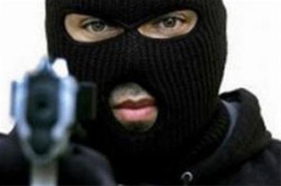 Буковинець на вулиці села пограбував 14-річного підлітка
