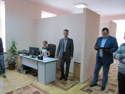 У Чернівцях запрацював центр, куди можна скаржитися на всі проблеми