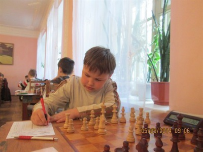 11-річний чернівчанин виграв чемпіонат області з шахів