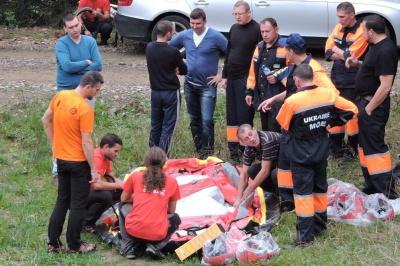 Чернівецькі рятувальники тренувалися в Румунії надавати допомогу туристам (ФОТО)