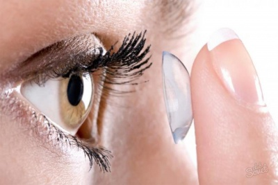 Чим корисні контактні лінзи