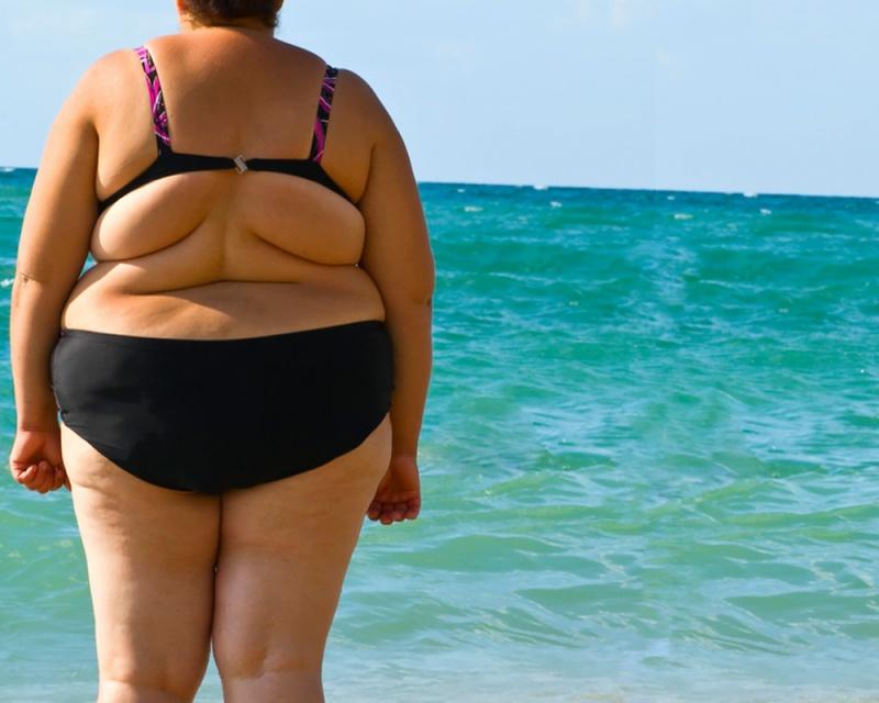 фото толсту на пляже