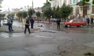Милиция ищет свидетелей страшной аварии на улице Героев Майдана в Черновцах