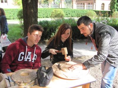 Студенти влаштували майстер-класи до ювілею Чернівецького університету (ФОТО)