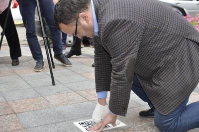 У Чернівцях екскурсію проведе… планшет