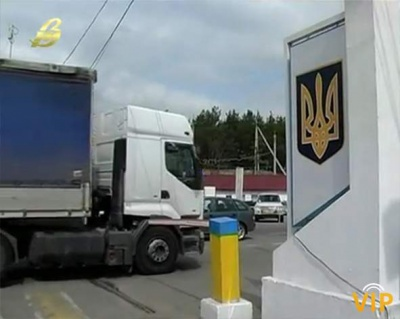 Обмежили рух для вантажівок на пункті пропуску до Польщі