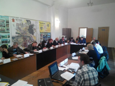 На виборах у Чернівцях зареєстрували всіх 15 кандидатів у мери і 20 партій