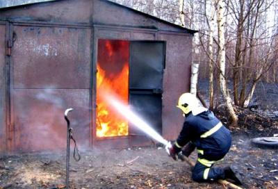На Буковине в райцентре сгорел жилой дом