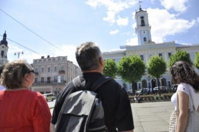 Туристи принесли Чернівцям майже 100 тисяч гривень