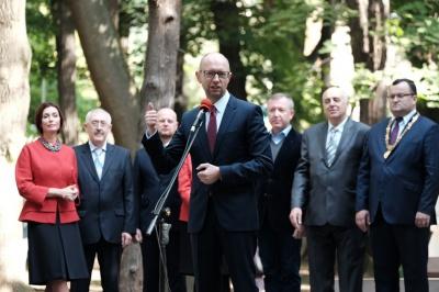 Яценюк вважає статус чернівчанина важливішим за будь-які чиновницькі (ВІДЕО)