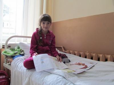 Чим отруїлися діти на Буковині, досліджують у Києві