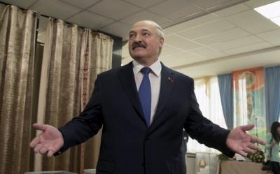 У Білорусі екзит-поли віддають перемогу Лукашенку