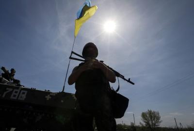 На Сході продовжують стріляти - загинув командир батальйону