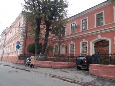 В'язницю із центру Чернівців заберуть, але нескоро, - мер Каспрук