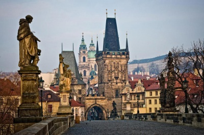 Чехія обіцяє спростити візовий режим і працевлаштування для українців