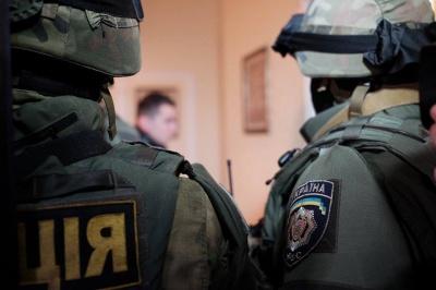 У квартирі депутата Білика, якого підозрюють у підкупі виборців у Чернівцях, проводять обшук (ФОТО)