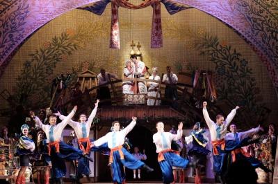 У Чернівцях на виставі «Сорочинський ярмарок» був аншлаг (ФОТО)