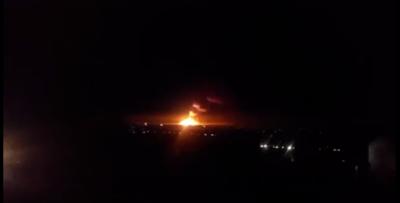 На Луганщині у Сватовому горять склади з боєприпасами