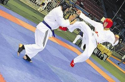 У чемпіонаті області з карате вперше билися понад 300 спортсменів