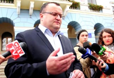 Мер Чернівців підозрює, що команда Михайлішина у роки роботи у мерії скачала базу соціально незахищених