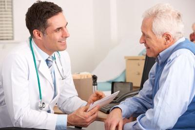 Що провокує розвиток хвороби Альцгеймера
