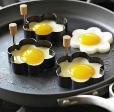 Яєчня на сніданок робить нас добрішими
