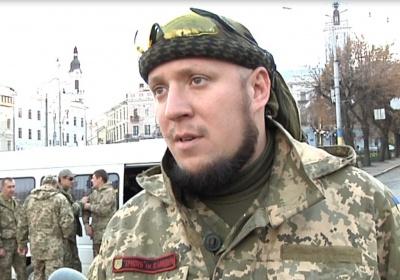 """Проголосували - і назад у Крим. Бійці """"Правого сектору"""" з Чернівців відправились на блокаду півострова (ФОТО)"""