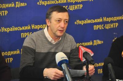Експерт пояснив причини наднизької явки виборців у Чернівцях