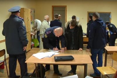На підкуп виборців у студмістечку Чернівців організатори витратили 20 тисяч гривень