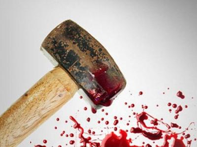 У Дніпропетровську податківця жорстоко побили молотками