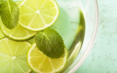 Вода з лимоном знижує тривожність