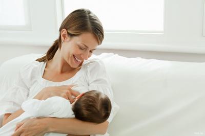 Грудне молоко стимулює мікрофлору у дітей