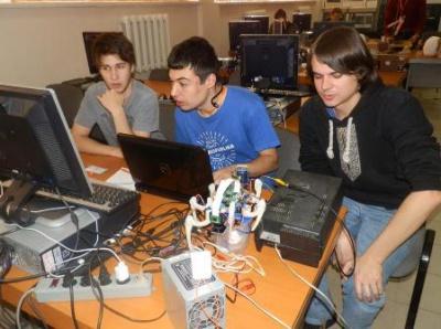 Команда ЧНУ відзначилася у робототехнічному конкурсі