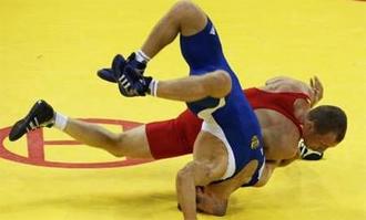 Буковинець став срібним на чемпіонаті Європи з боротьби