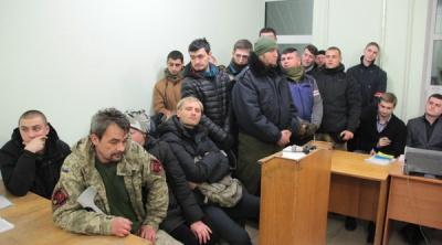 """У Кіровограді засудили активіста """"Правого сектора"""" з Буковини за розбій у гральному закладі (ФОТО)"""
