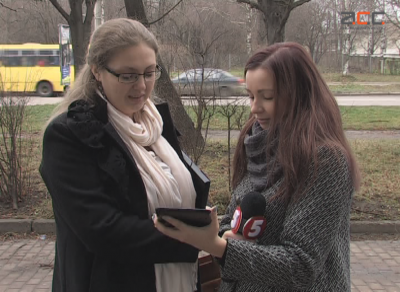 Росіянки, що живуть у Чернівцях, попросили в Порошенка українського громадянства (ВІДЕО)