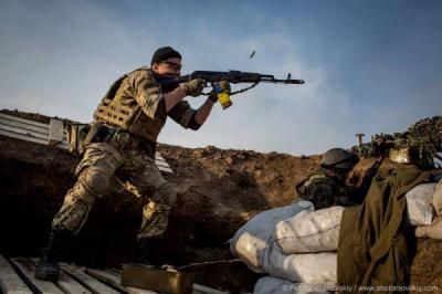 Терористи продовжують провокаційні обстріли сил АТО - штаб