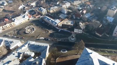 Вражаюче відео: площу Пресвятої Марії у Чернівцях показали з висоти пташиного польоту