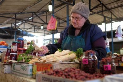 """Чернівчани просять мерію облаштувати нову площу на місці ринку """"Центрального"""""""