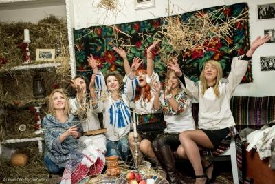 Справжні вечорниці на Андрія провели у Чернівцях (ФОТО)