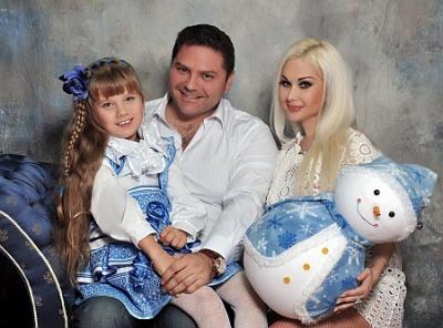 Буковинка Бужинская показала семейное Рождество и украшенный дочерью дом (ФОТО)