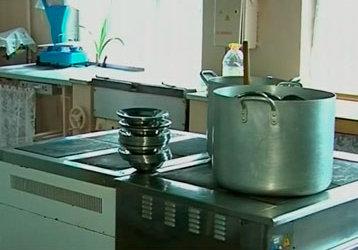 Діти пільгових категорій у Чернівцях отримуватимуть безкоштовні сніданки і обіди
