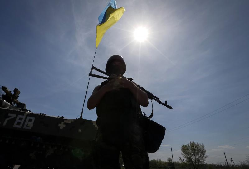 Прес-центр АТО: Бойовики обстріляли позиції ЗСУ зважкого озброєння