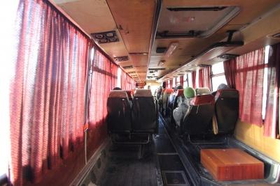 """Из автобуса """"Ужгород - Черновцы"""" пассажиры выпрыгивают на ходу"""
