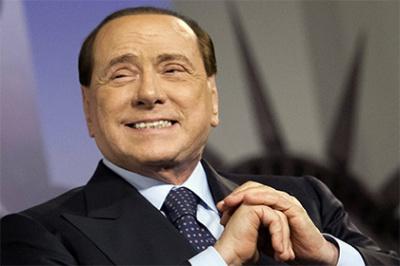Італійській екс-прем'єр Берлусконі заявив, що повертається у політику