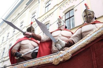 На костюми спартанців скинулися по 100 доларів, - маланкарі з Чагра